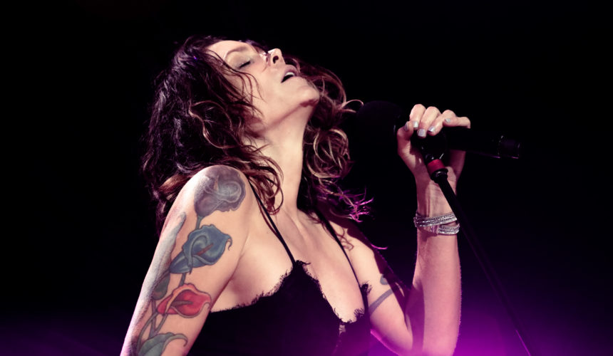 GIG REVIEW for BETH HART – Live at the Royal Albert Hall, London