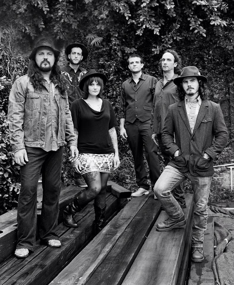 black & white photo of Thomas Wynn & The Believers