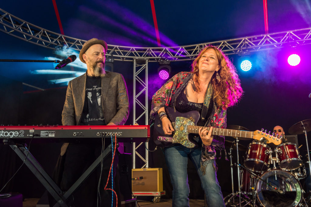 Debbie Bond performing at the Ealing Blues Festival 2015