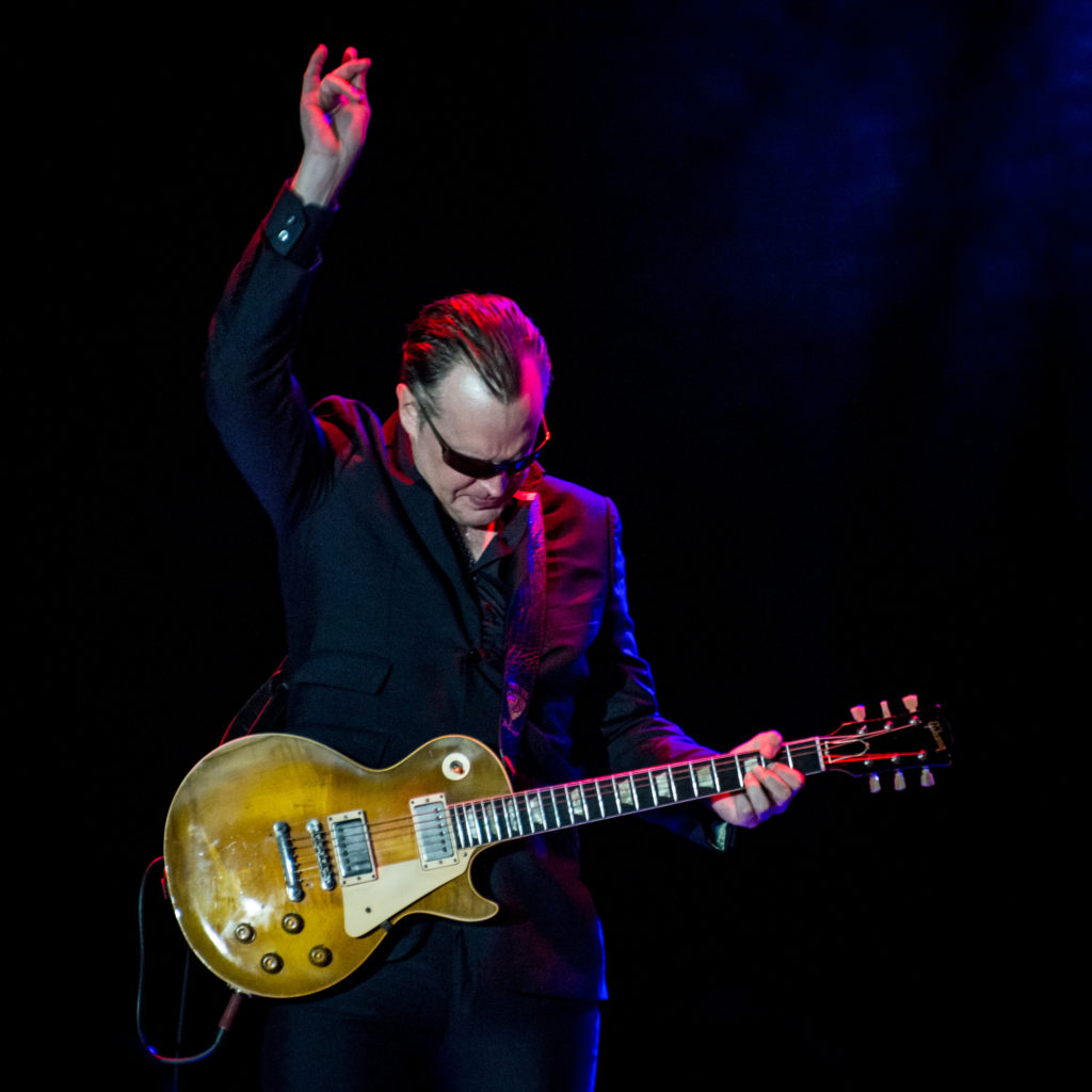 photo of Joe Bonamassa by Laurence Harvey London 2018