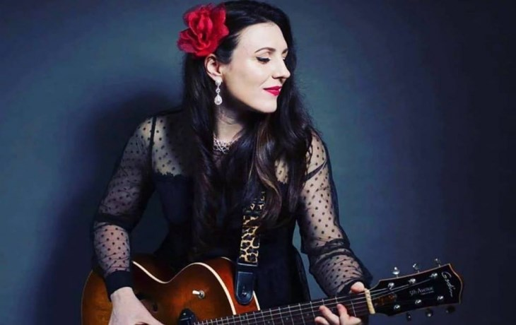 image of british blues lady dani wilde with guitar