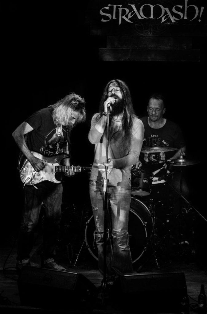 image of edinburgh blues band Safehouse by Stuart Stott