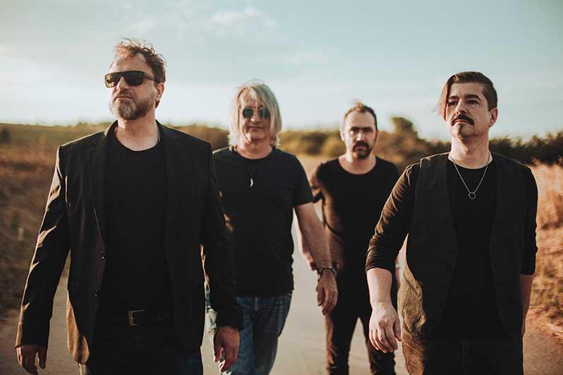 Ellis Mano Band release KEEP IT SIMPLE