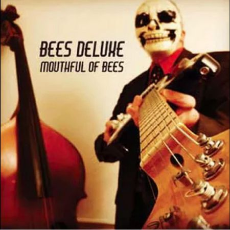 Bees Deluxe – Mouthful of Bees: Album Review